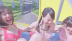 "SKE48、初の水着CM公開 ダブル松井がプールで""絶叫"""