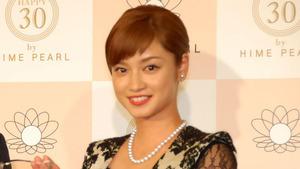 平愛梨、結婚は「34歳までに」 『ベストパールプリンセス2014』授与式